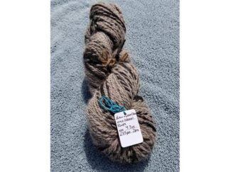 Alpaca cria yarn - Skein 4 - black and grey