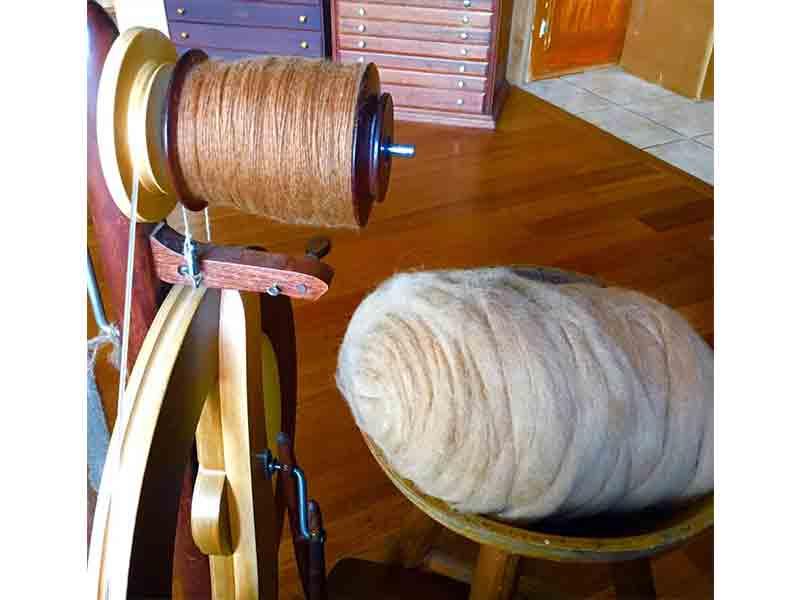 Alpaca fleece yarn
